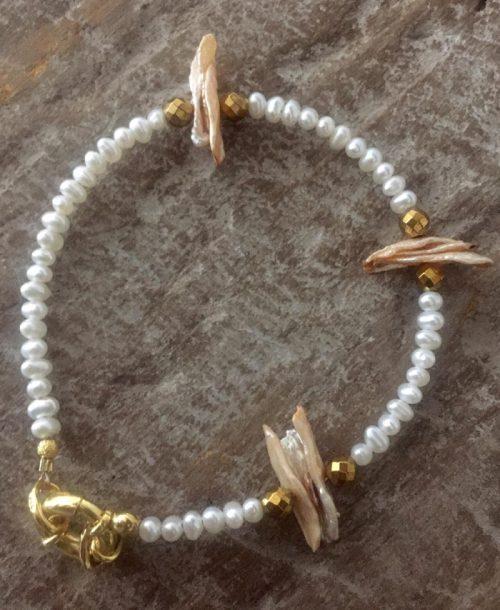 Nature-Bracelet-fresh-water-pearls
